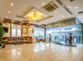 Tay Bac Hotel Da Nang, hotel in Danang