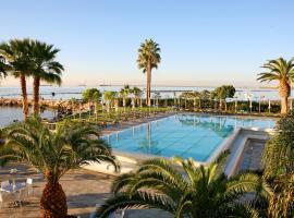 Crowne Plaza Limassol, hotel in Limassol