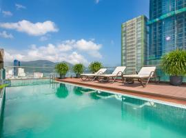 Dolphin Hotel and Apartment, apartment in Danang