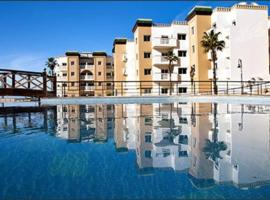 Fab apartment in a secure residence with 3 pools, hotel in Mohammedia