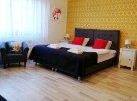 7th Room Guest House, hotel near Auschwitz, Oświęcim
