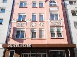 Hotel Beyer, hotel near Central Station Düsseldorf, Düsseldorf