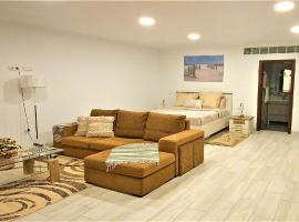 Arcos Luxurious Suite, hotel en Calheta