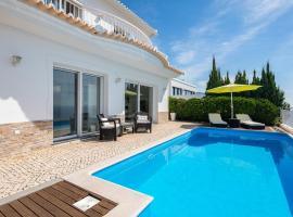 Villa Sophia by HR Madeira, casa o chalet en Ponta do Sol