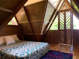 Wild Child Village, hotel in Ayampe