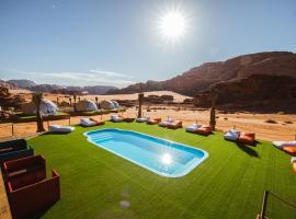 Palmera Camp Wadi Rum, luxury tent in Wadi Rum