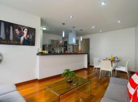 Luxury Suite & Miraflores Central Park Appartment, Lima, apartment in Lima
