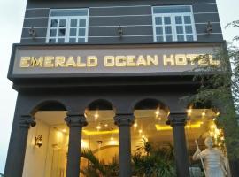 EMERALD OCEAN HOTEL, hotel in Phan Thiet