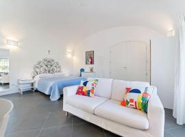 Cosy Holiday Home in Santa Maria di Castellabate with Garden, villa in Santa Maria di Castellabate