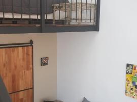 Antigua Fonda Duplex Studio, hotel in Concepción del Uruguay