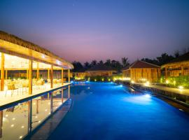Floating Khmer Village Resort, hotel in Siem Reap