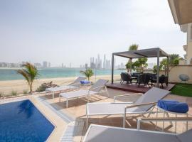 Stella Stays Gorgeous 5 BDR Palm Villa Beach Private Pool, villa in Dubai