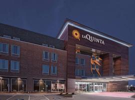 La Quinta by Wyndham Dallas Grand Prairie North, hotel near Six Flags Over Texas, Grand Prairie