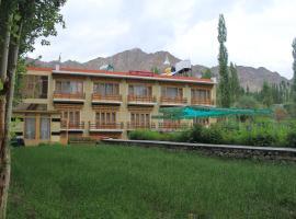 hotel kunzang Leh Ladakh, hotel in Leh