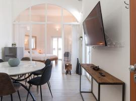 New Luxus Apartment in Gaeta with sea view on harbour, apartment in Gaeta