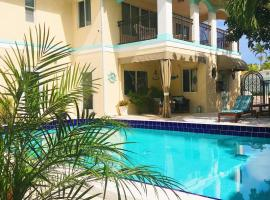 Beach Aqualina Apartments, beach hotel in Fort Lauderdale