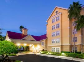 Homewood Suites by Hilton Lake Mary, hotel near Orlando Sanford International Airport - SFB, Lake Mary