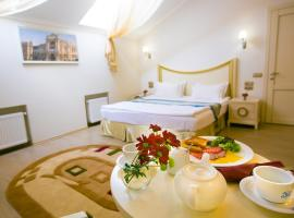 Metro Hotel Apartments with Kitchen, hotel in Odessa