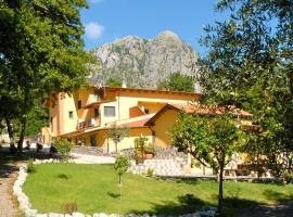 Verdeblu Country Hotel, hotell i San Giovanni a Piro