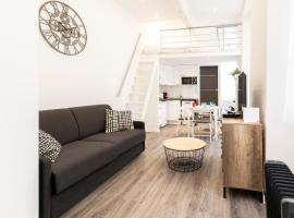 BNB RENTING Chez Thibault - Studio rénové 2-4pers Centre Antibes Fersen, self catering accommodation in Antibes