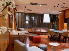 Berenguer IV, hotel a Tortosa