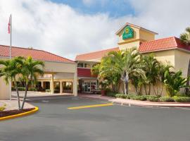La Quinta Inn by Wyndham Cocoa Beach-Port Canaveral, hotel in Cocoa Beach