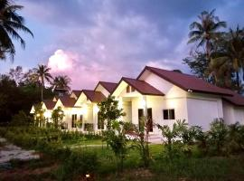 U Cottage Maikhao, hotel in Mai Khao Beach