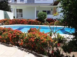 Hospedagem, hotel in Lauro de Freitas