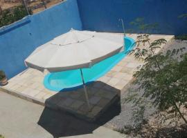 Casa de praia com piscina, pet-friendly hotel in Marechal Deodoro