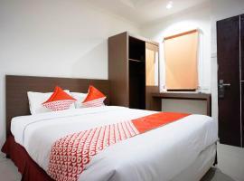 OYO 2886 Her Mandiri Guest House, hotel near Sultan Aji Muhammad Sulaiman International Airport - BPN,