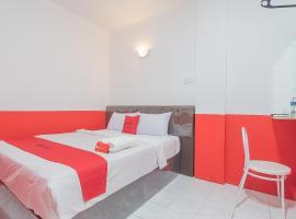 RedDoorz @ Pasar Melayu Sagulung Batam, hotel in Batam Center