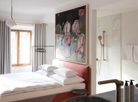 Kai 36 - Hotel zwischen Fels und Fluss, hotel near Graz Central Station, Graz