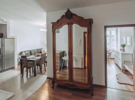 Apartament Rynek - Zielona Kamienica, self catering accommodation in Duszniki Zdrój