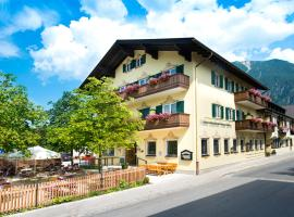 Hotel Gasthof Alter Wirt, pet-friendly hotel in Farchant