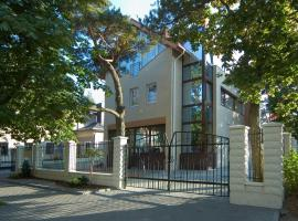 Guest House & Villa Astoma, vacation rental in Palanga