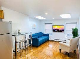 3 bedroom Sunlit Utopia in 20 foot wide brownstone, apartment in Brooklyn