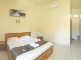 Gio's Place, hotel in Labuan Bajo