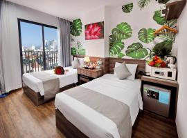 Mega Light Hotel Managed By VNServices, family hotel in Nha Trang