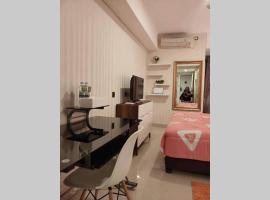 Simplistic Homey Downtown Apartment, apartment in Semarang