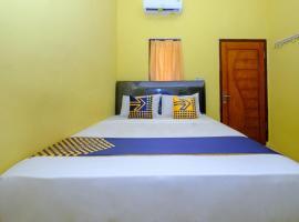 SPOT ON 2732 Sandy Residence, hotel in Mataram