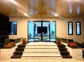 @ Ubon Hotel, hotel in Ubon Ratchathani