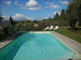 VILLA NEAR FLORENCE WITH POOL, hotel in Bagno a Ripoli