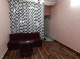 Entire Airconditioned Apartment as Value of Money, apartment in New Delhi