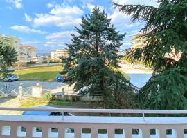 Sunny Apartment with view - 2Room Full Equipped, apartment in Komotini