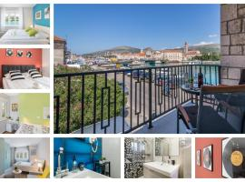 4 Elements Old Town Views Rooms, hotel in Trogir