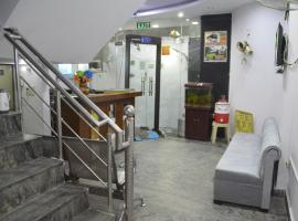 S B GUEST HOUSE, отель в Нью-Дели