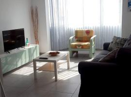 Apartment Calle Andalucía, hotel in Puerto del Rosario
