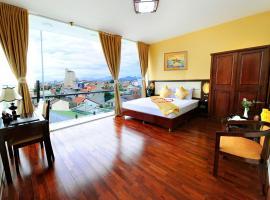 Thanh Lich Hue Hotel, khách sạn ở Huế