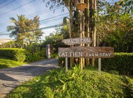 Cat Tien Farm Stay, hotel in Ðịnh Quán