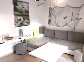 Apartment Avenue du Petit Coteau, pet-friendly hotel in Antibes